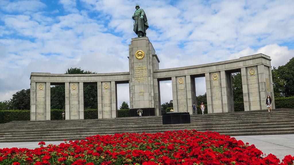 Soviet War Memorial Berlin Tiergarten